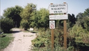 An entrance to the Drayton Walking Trail